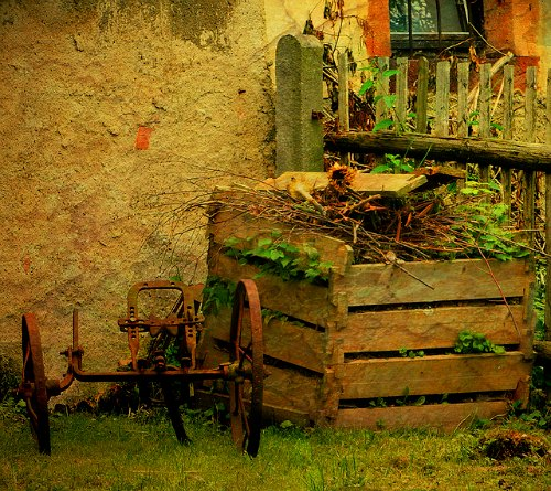 422e049a1091f How to Compost: Browns & Greens - Garden Myths