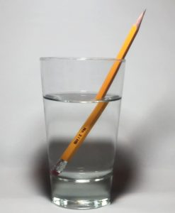 índice de refracción en agua